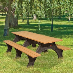 ART Picnic Table