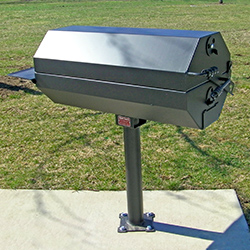 EC-40 Charcoal Grill on B3 surface mount base